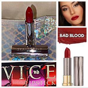 NWOB - URBAN DECAY VICE Hydrating COMFORT MATTE Lipstick - BAD BLOOD